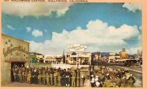 Soldiers and sailors queuing up outside The Hollywood Canteen, 1942
