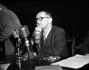Brecht at the HUAC hearings, 30.10.1947