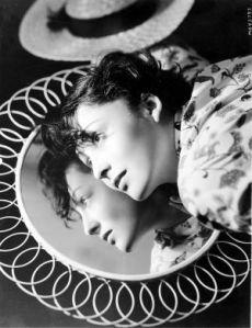 Luise Rainer, 1935