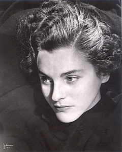 Mary McCarthy, 1930s